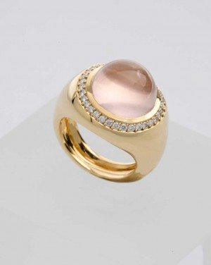 David Mann — Bijoutier à Liège - Bague entourage quartz rose or jaune et diamants brillants en entourage