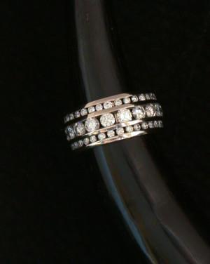 David Mann — Bijoutier à Liège - Alliance diamants 3 rangs création David Mann