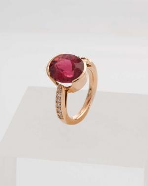 David Mann — Bijoutier à Liège - Bague tourmaline rouge serti avec diamants, création David Mann unique